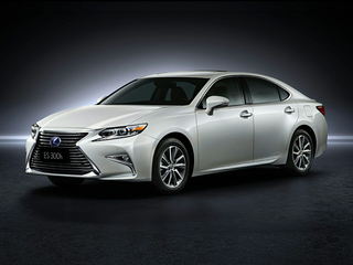 2016 Lexus ES 300h 300h Base 4dr Sedan