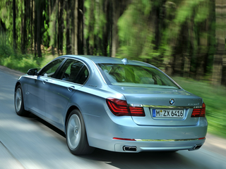 2015 BMW ActiveHybrid 7 ActiveHybrid 7 Base