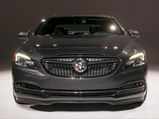 2017 Buick LaCrosse Base 4dr Front-wheel Drive Sedan