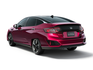 2017 Honda Clarity Fuel Cell 4dr Sedan