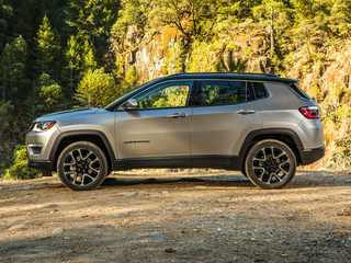 2017 Jeep New Compass New Latitude 4dr Front-wheel Drive