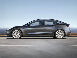 2018 Tesla Model 3 Model 3 Long Range 4dr Rear-wheel Drive Sedan
