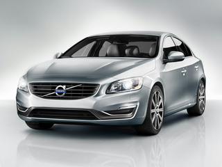 2018 Volvo S60 T5 Dynamic 4dr Front-wheel Drive Sedan