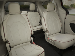 2019 Chrysler Pacifica L Front-wheel Drive Passenger Van