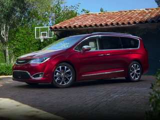 2020 Chrysler Pacifica Pacifica Limited Front-wheel Drive Passenger Van